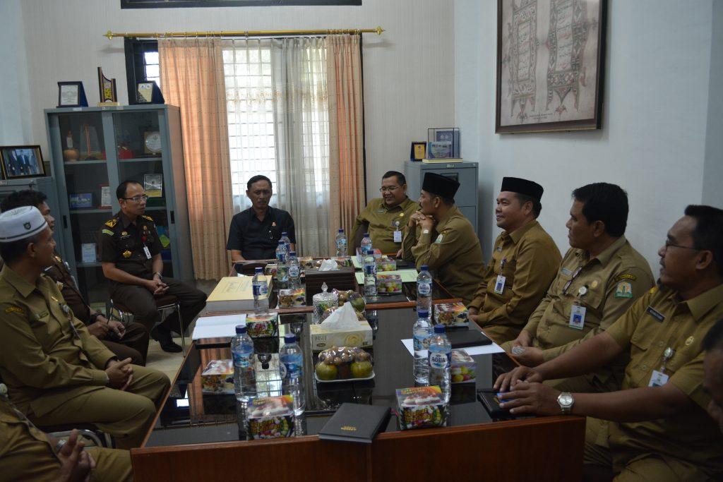Silaturrahmi Kajati Aceh dan Kadis Syariat Islam Aceh