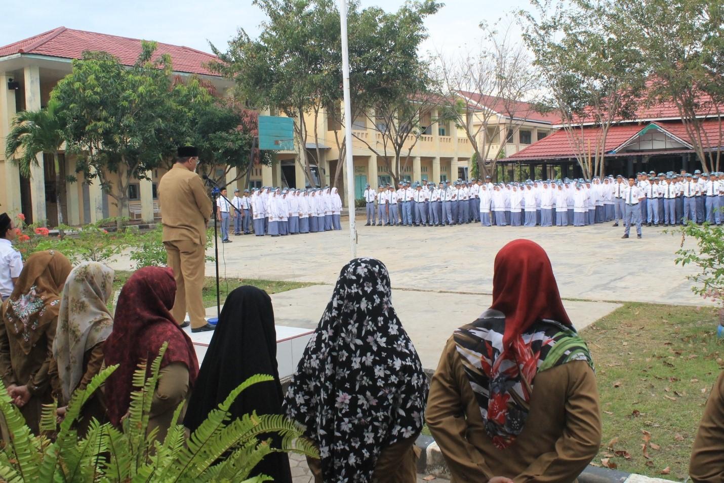 Kunjungan Kepala Dinas Syariat Islam Aceh ke Sekolah SMA Fajar Harapan