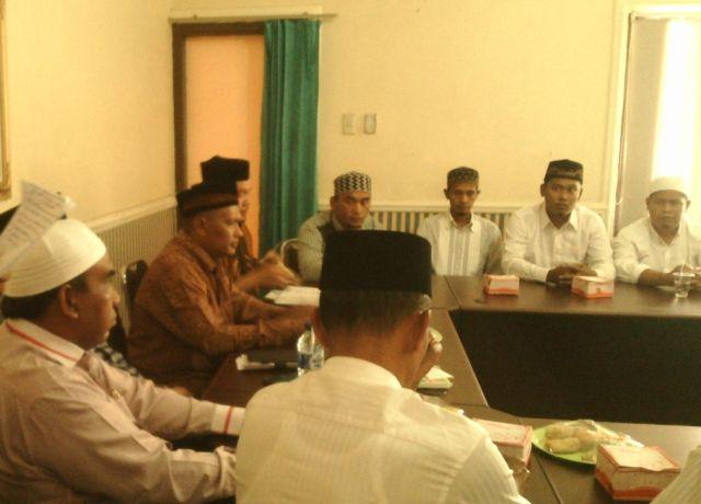 Anggota DPRA Komisi 7 Ghufran Zainal Abidin Menghadiri Pertemuan Da'i Perbatasan Subulussalam