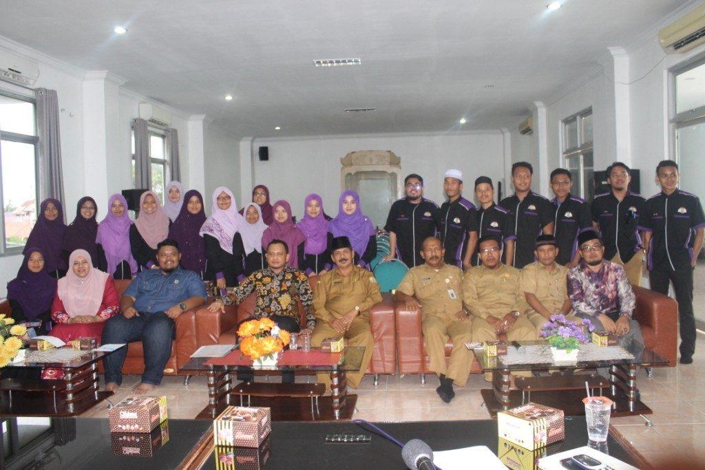 Pejabat DSI Aceh Foto bersama Mahasiswa USAS Malaysia pada Salasa (3/10/2017)