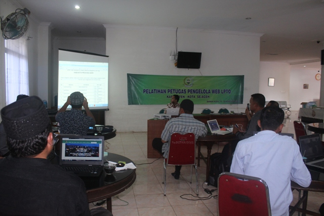 Petugas Pengelola WEB LPTQ Se-Aceh Ikuti Pelatihan Website