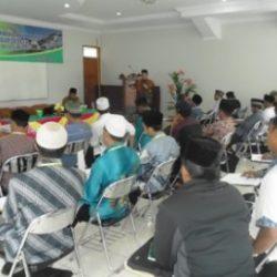 Suasana saat pembekalan peningkatan kapasitas Imam Mesjid yang berlangsung di Hotel Grand Penemas, Takengon, Selasa (9/5/2017).