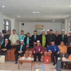 Pejabat DSI Aceh berfoto bersama Majlis Tindakan DUN Chempaka, Kelantan, Malaysia di aula gedung LPTQ Aceh pada Kamis (8/2/2018) pagi.