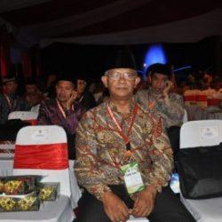 Prof Dr Azman Ismail, MA Saat Sedang Menunggu Pengambilan Sumpah Sebagai Dewan Hakim STQN XXIV di Kalimantan Utara 2017