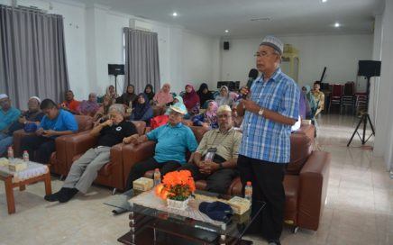 Majlis Masjid Bandar Kinrara Puchong Selangor Malaysia saat berdiskusi tentang pelaksanaan syariat islam di Aceh bertempat di aula gedung LPTQ Aceh, Senin (26/2/2018) siang.